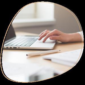 freelance digital marketing consultant writing